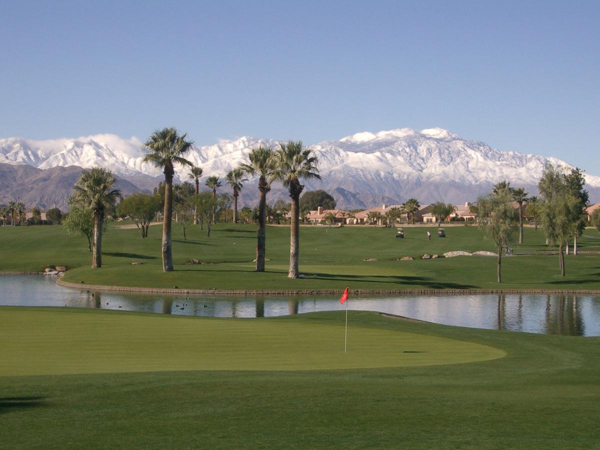 photo_golfcourse_snow